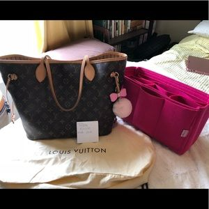 Authentic Neverfull MM with organizer!